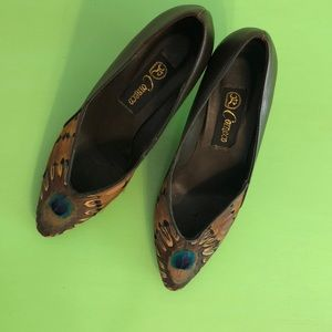Vintage 80's Pumps With Peacock & Pheasant 5 1/2